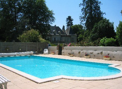 Services piscines sommieres for Piscine dans l herault